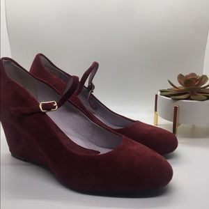 Maroon heels from Johnston and Murphy NWT